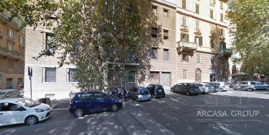 Апартаменты в Риме, рядом с Колизеем