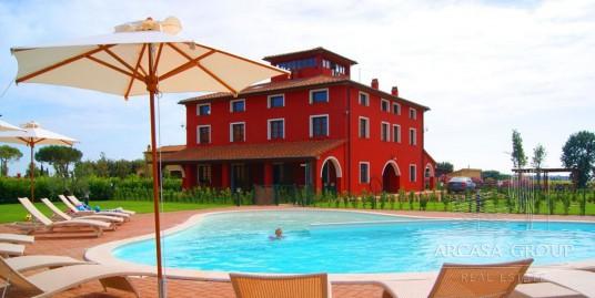 Курортный отель недалеко от Болгери, Тоскана