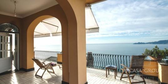 Роскошные апартаменты в Лигурии с видом на море