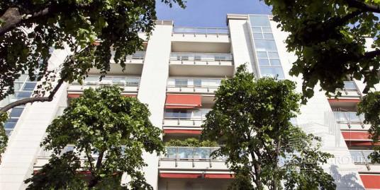 Квартира в Милане на улице Тимаво