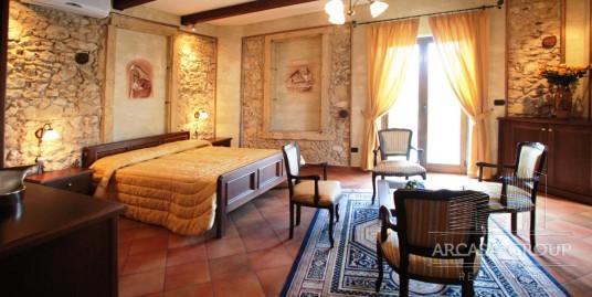 Отель в Санта-Доменика, Калабрия, Италия
