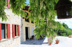 Дом в Аркуа-Петрарка, Эмилия-Романья, Италия