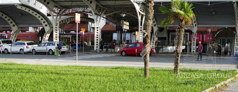 Аэропорт в Ламеция-Терме, Калабрия, Италия