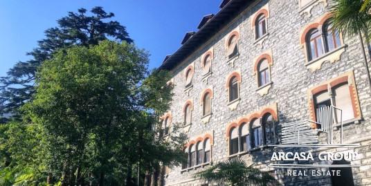 Квартиры в старинном особняке на о. Комо
