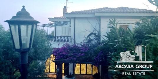 Вилла в Санта-Мария-дель-Маре-Торраццо