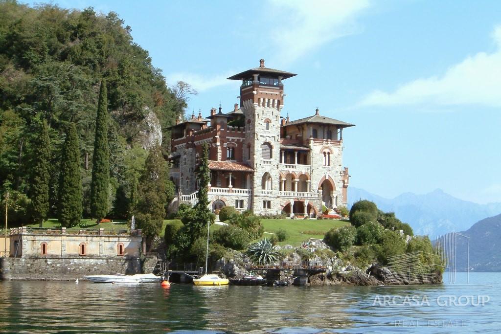 Апартаменты на исторической вилле на озере Комо