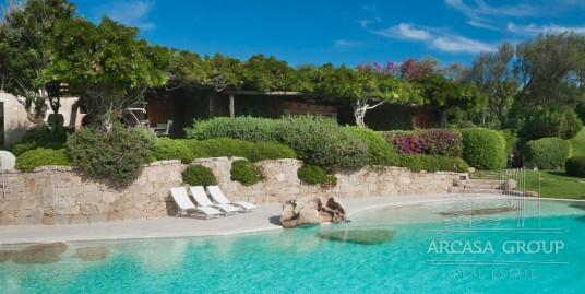 Villa al mare a Porto Cervo, Sardegna, Italia