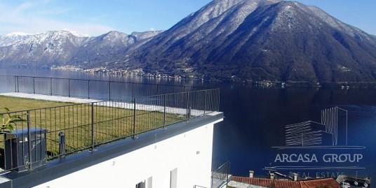 Lago di Como. Argegno. Residenza Baia Blu