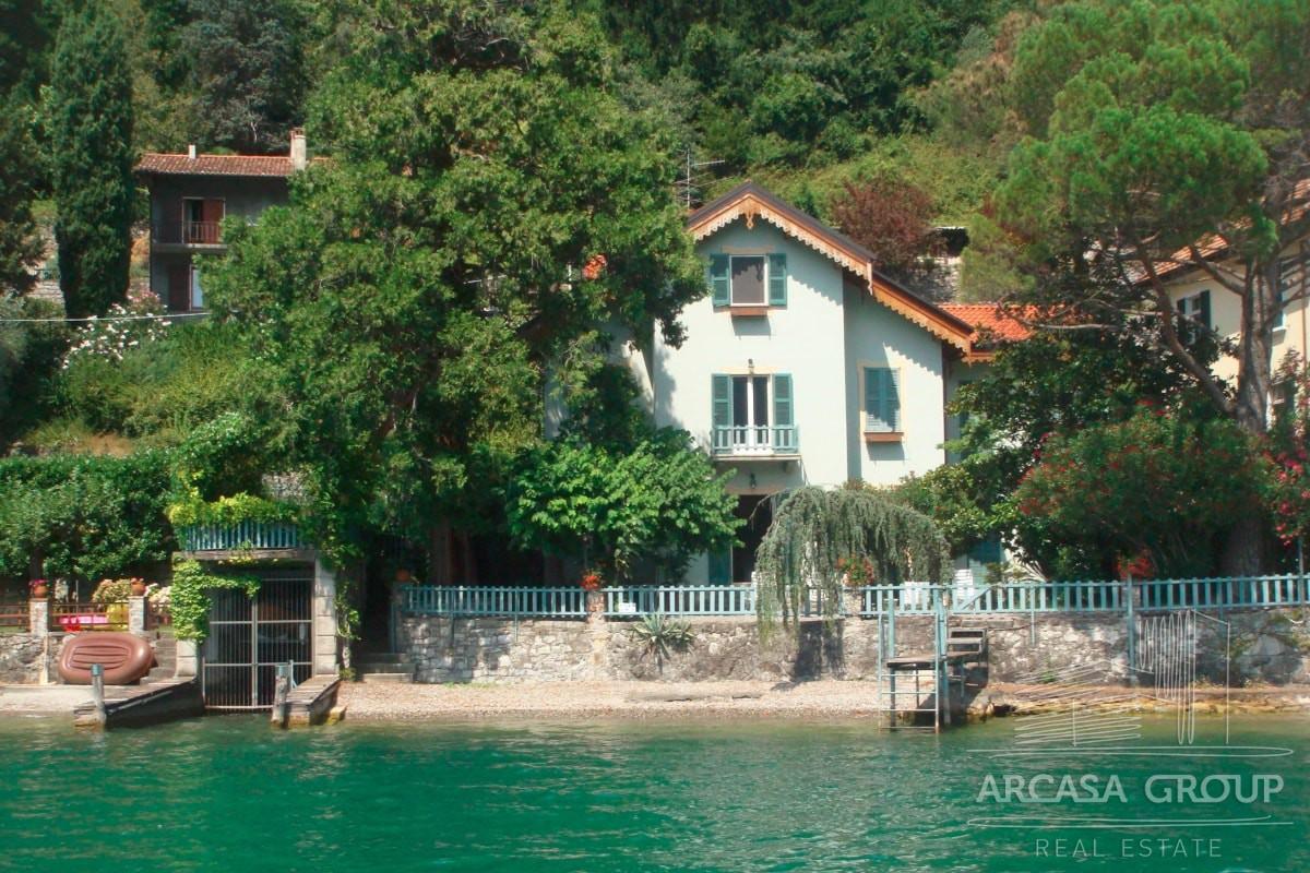 Продажа виллы на берегу озера Лугано