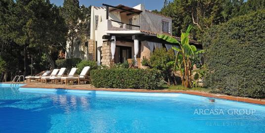 Villa al mare, nella zona di Porto Cervo in Sardegna