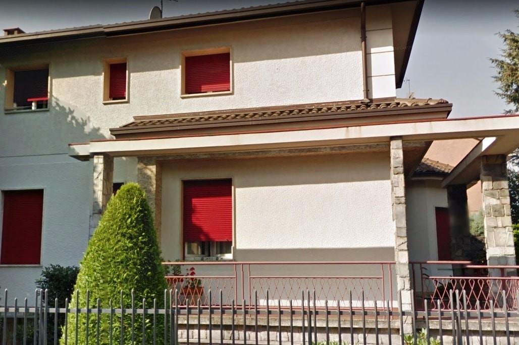 Квартира в Бусто-Арсицио, Ломбардия, Италия