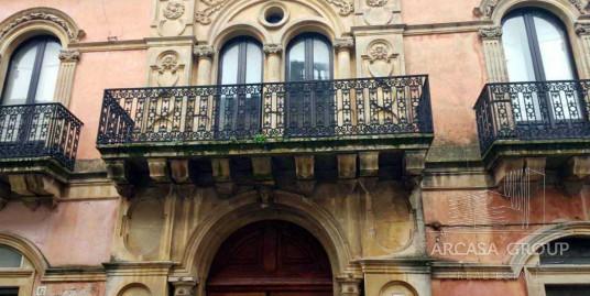 Vendesi casa indipendente a Palazzolo Acreide