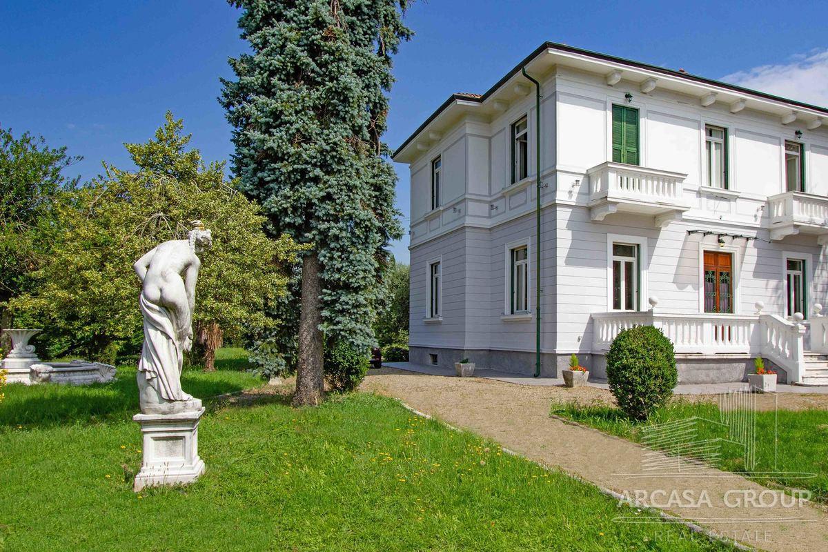 Вилла в Виллафранка-ин-Луниджана, Тоскана