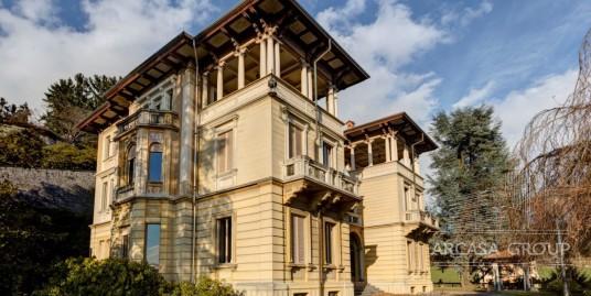 Villa Gallo in Piemonte, Italia