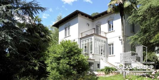 Villa Angera Lago Maggiore